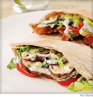 indian spiced chicken pitas