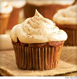 Apple Cupcakes With Cinnamon-Marshmallow Frosting