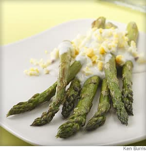 Roasted Asparagus with Garlic Lemon Sauce Recipe