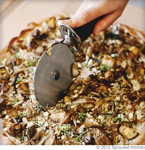 Roasted Eggplant Za'atar Pizza