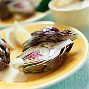 Artichokes with Garlic Dipping Sauce