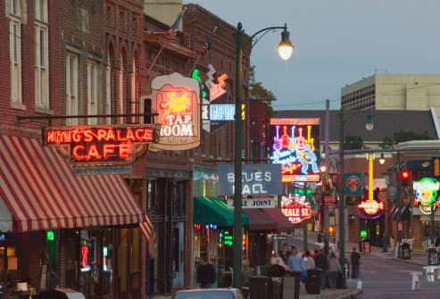 Nightlife on Beale Street in Memphis