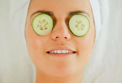 Bags Under Your Eyes? Pictures of 11 Healthy Ways to Get ...