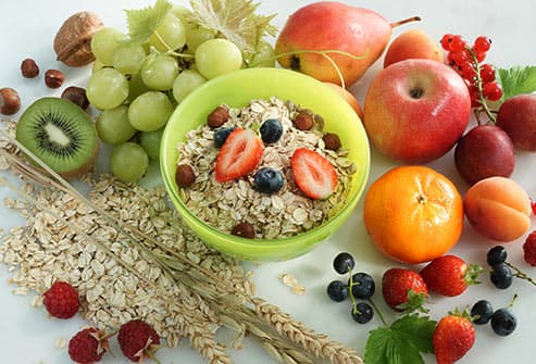 muesli and fruit