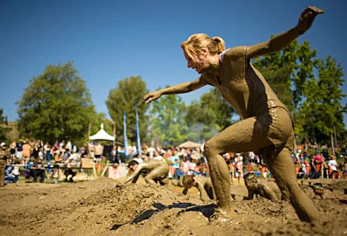 competitor in obstacle course race