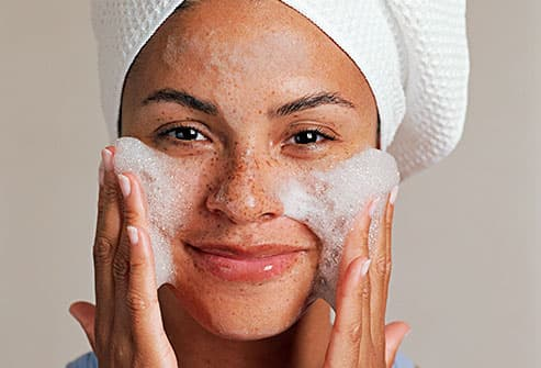 how to make face skin clear naturally