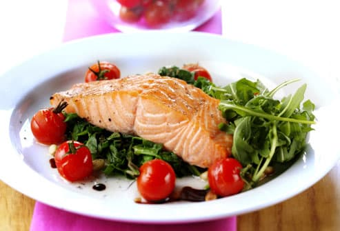 Low Fat Salmon With Salad