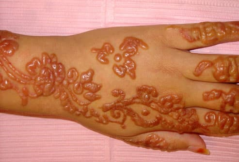 black henna tattoo. away from quot;lack hennaquot; or