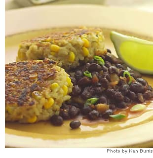 Vegetarian Recipe: Rice and Corn Cakes with Spicy Black Beans