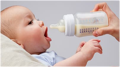 How-to-bottle-feeding-a-baby