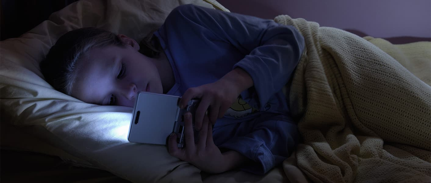 kids screen time too much tv and video games too much screen time can make you gain weight