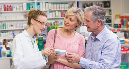 pharmacist counseling customers