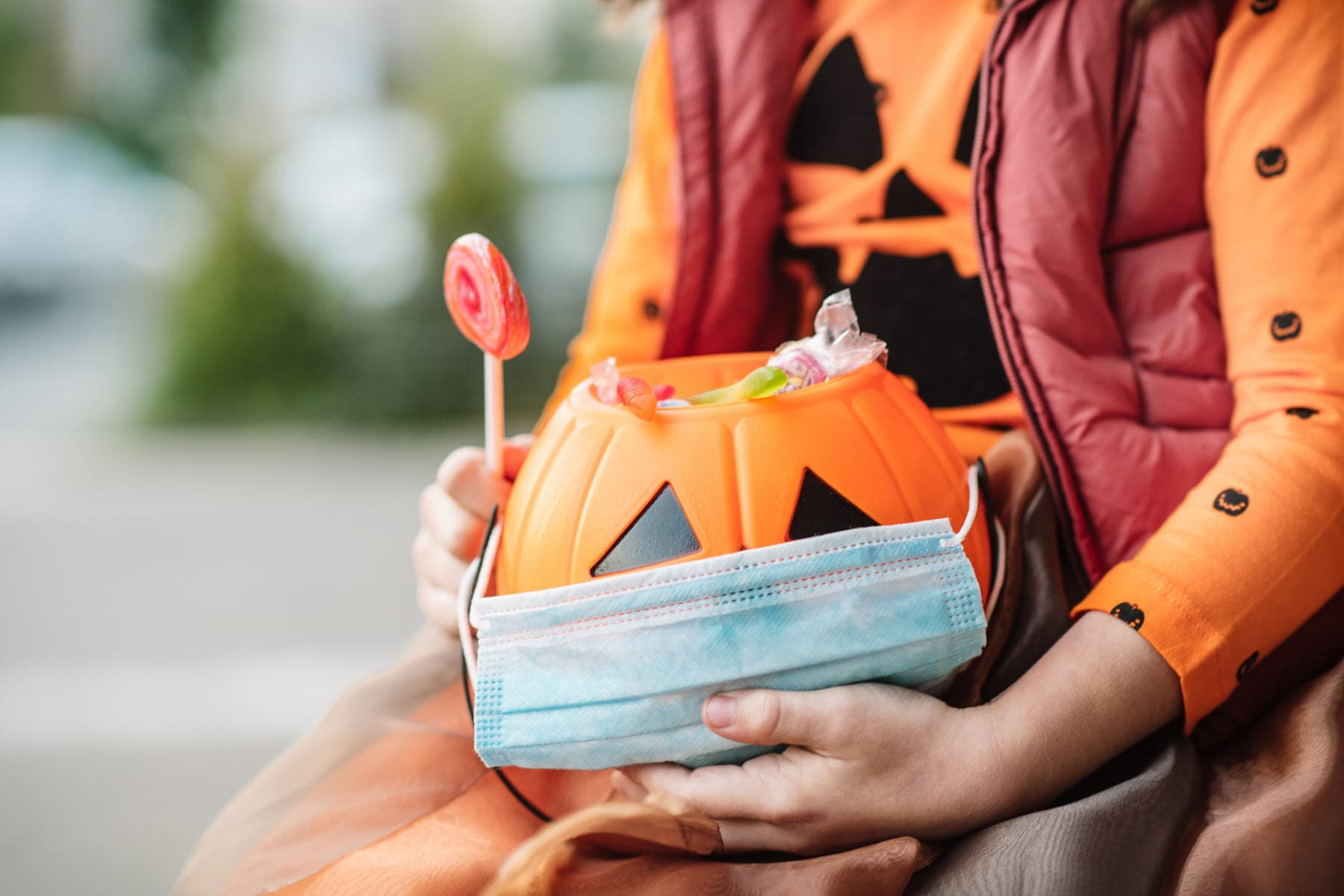 CDC Director Encourages Halloween Trick-or-Treating
