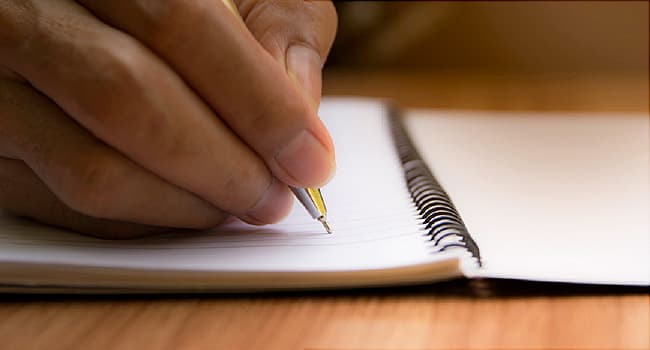 How to Manage Depression by Writing in a Journal