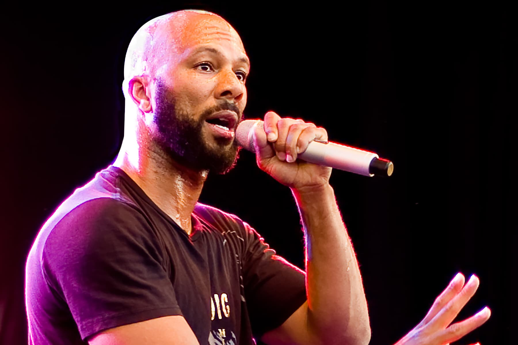 photo of Common