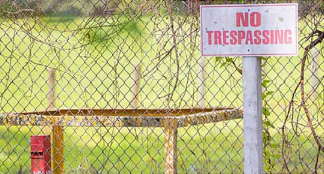 site with no trespassing sign