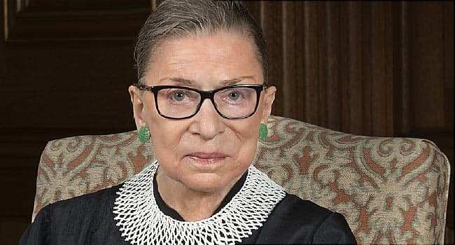 Justice Ginsburg undergoes lung procedure to remove cancerous growth
