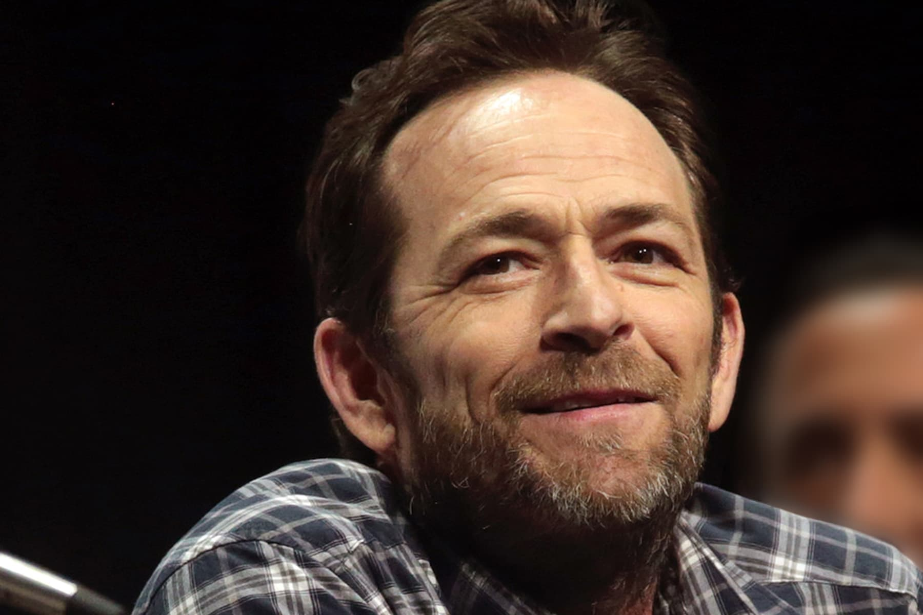 Luke Perry, '90210' and 'Riverdale' Star, Dead at 52