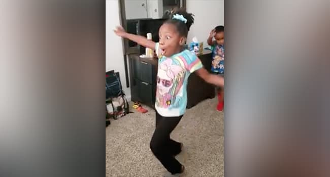 Girl With Cerebral Palsy Takes 1st Unassisted Steps