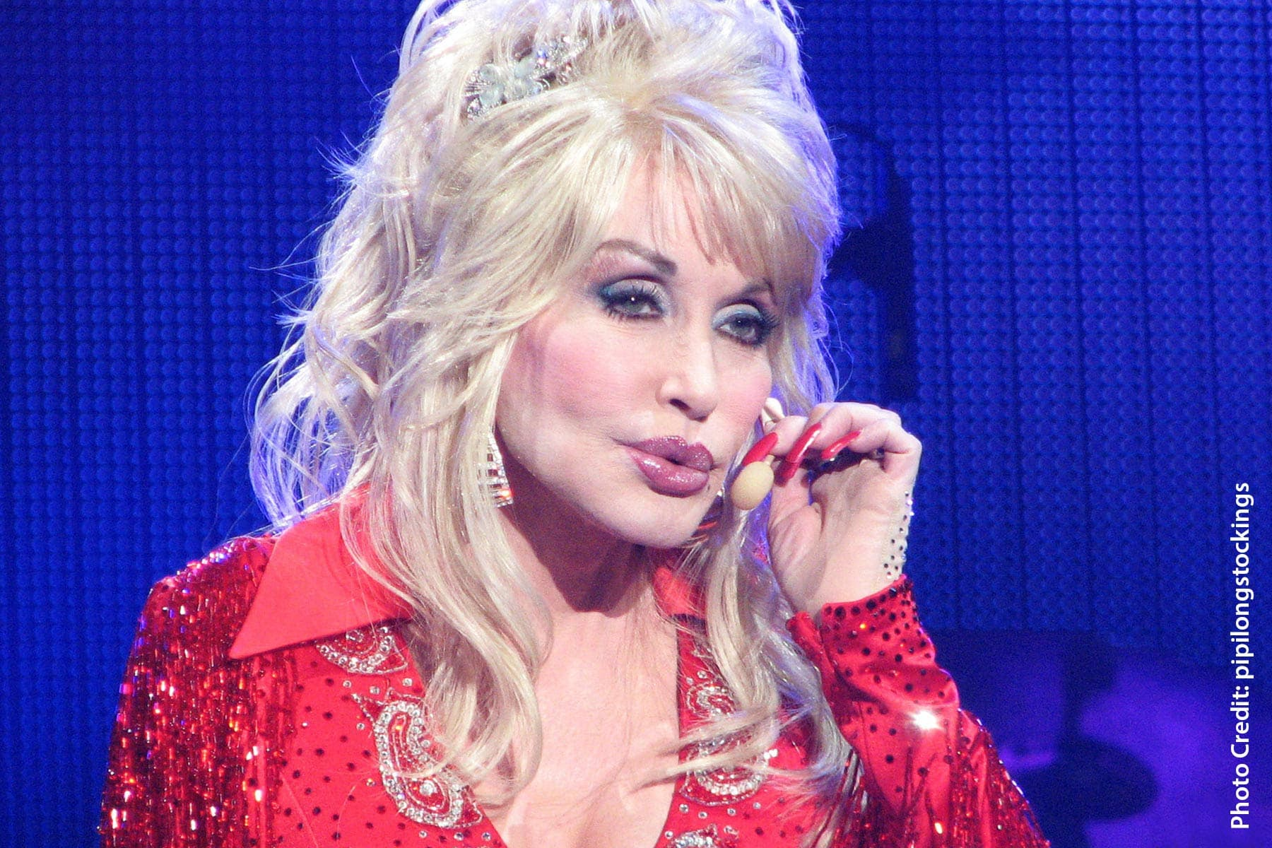 Dolly Parton Gets Shot of Vaccine She Helped Fund