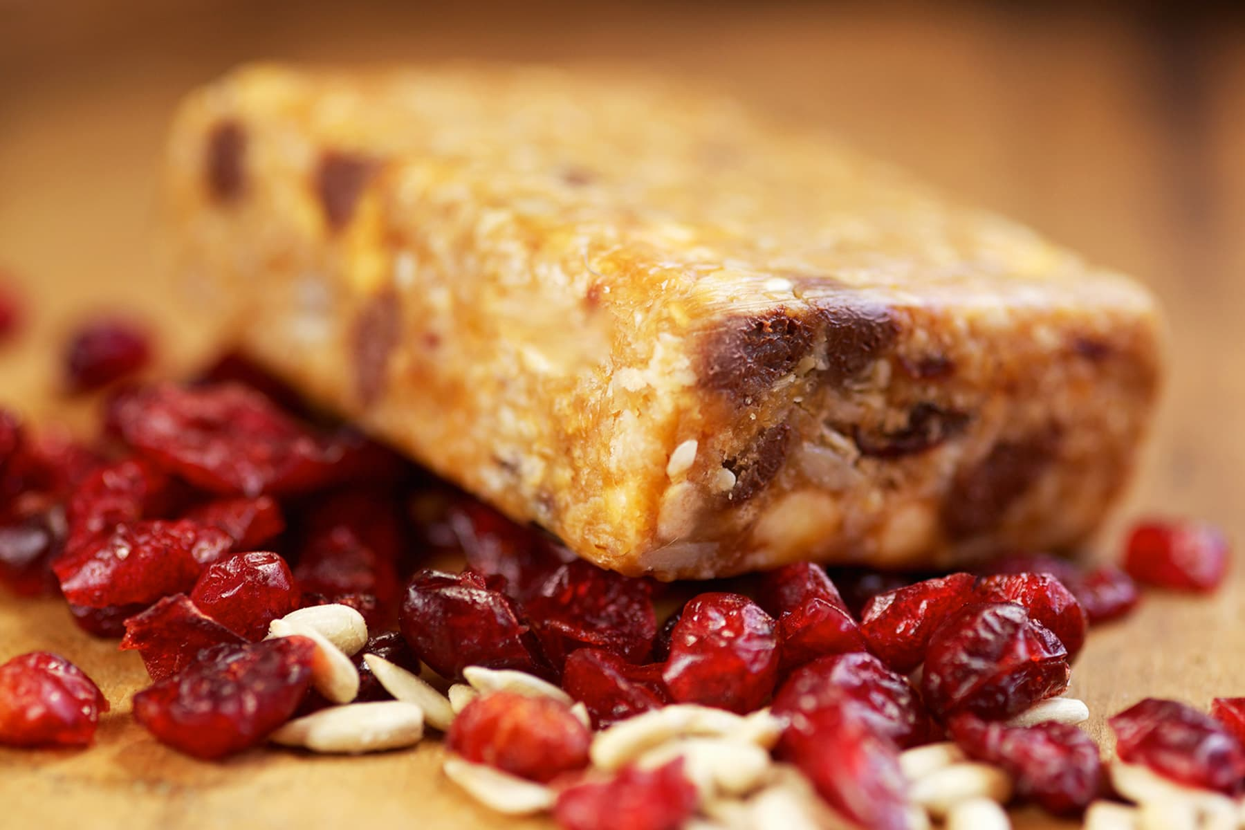 granola bar and dried fruit