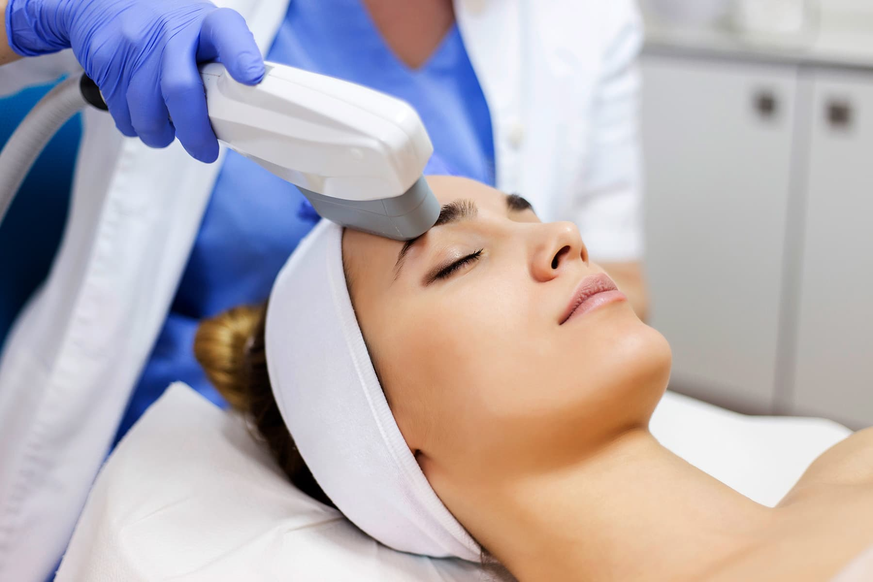 Intense Pulsed Light Therapy Ipl Treatment