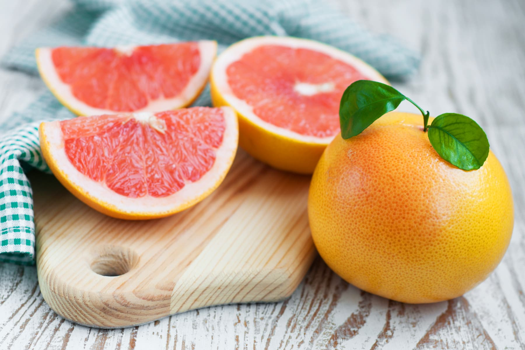 how does the grapefruit diet work