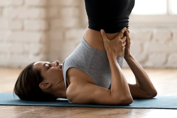 yoga neck shoulders stretch