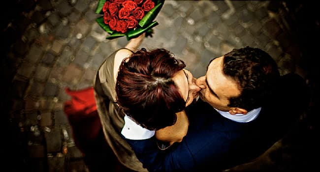 Signs your falling in love quiz