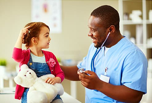 Pediatrician or Family Doctor? How to Decide