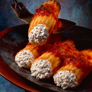 Manicotti with Roasted Red Pepper Sauce