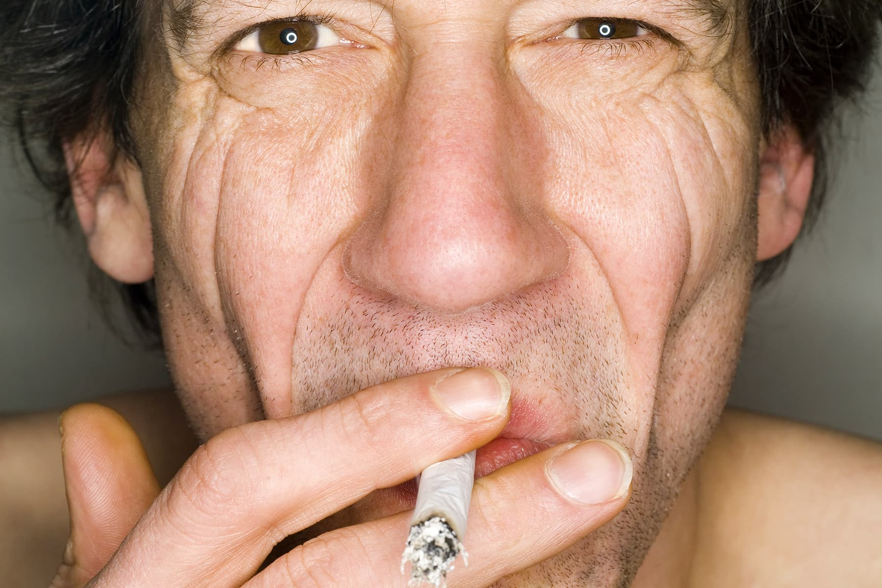Surprising Ways Smoking Affects Your Looks