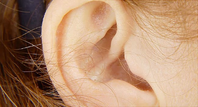 ear infection symptoms signs of ear infections in children adults