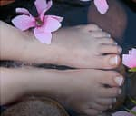 375x321_what_feet_say_about_health_video