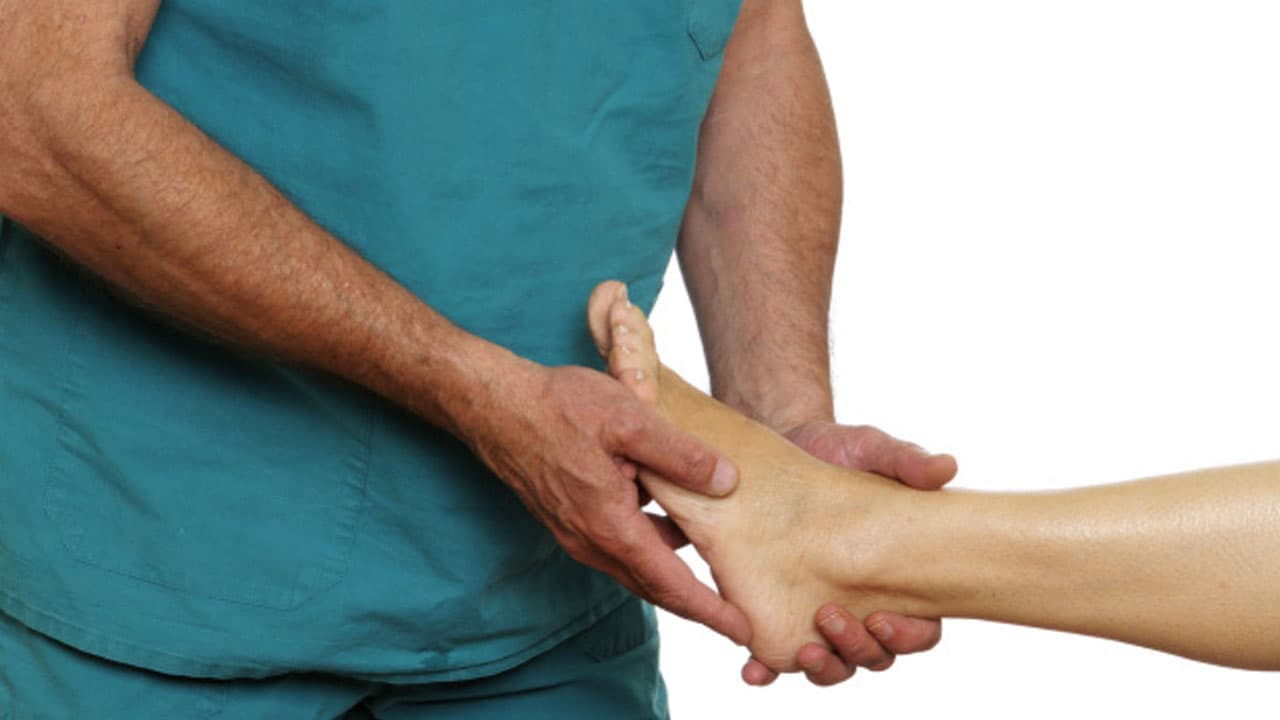 Heel Spur Causes Symptoms Treatments And Surgery
