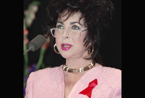 Elizabeth Taylor speaks at AIDS conference in 1992