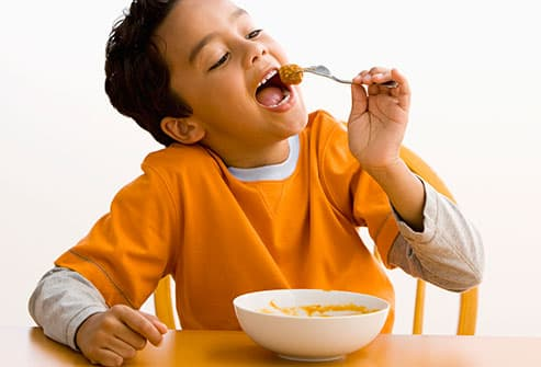 Small round kids table - Slideshow Tips To Get Your Kid With Adhd To Eat