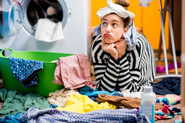woman not doing laundry