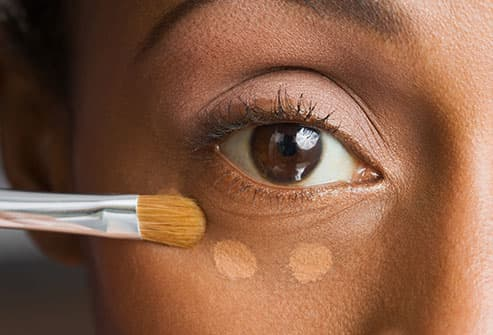 Bags Under Your Eyes? 11 Healthy Ways to Get Rid of Puffy Eyes