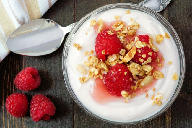 greek yogurt and raspberries