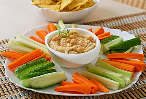 humus and vegetables