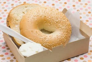sesame bagel and cream cheese