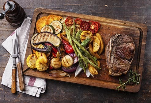 grilled steak and veggies