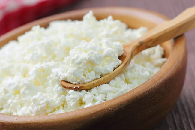 photo of bowl of cottage cheese