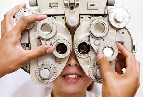 woman in eye exam