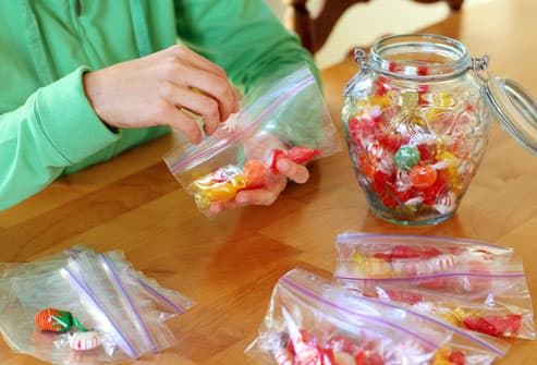 Making Glucose Emergency Bags
