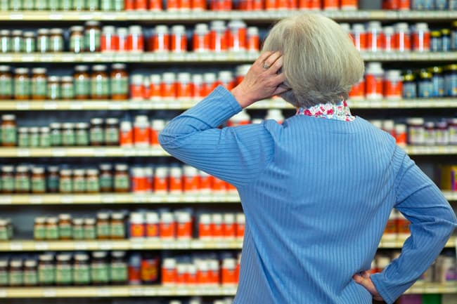 photo of person shopping for supplements