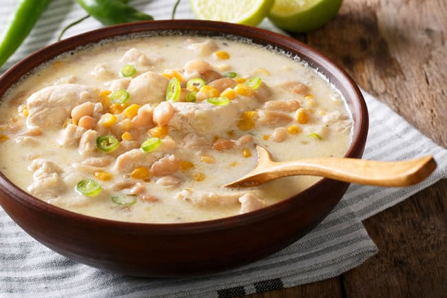 photo of white chili chicken with beans