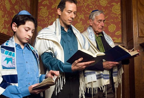 three generations reading from torah