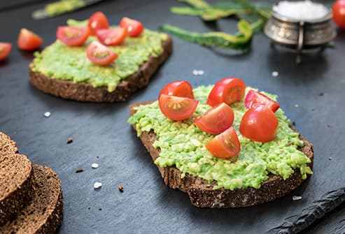 toast with avocado and tomato